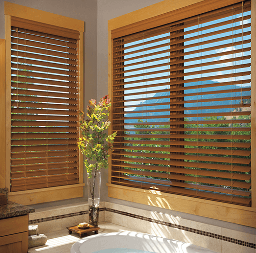 horizontal wood blinds in bathroom